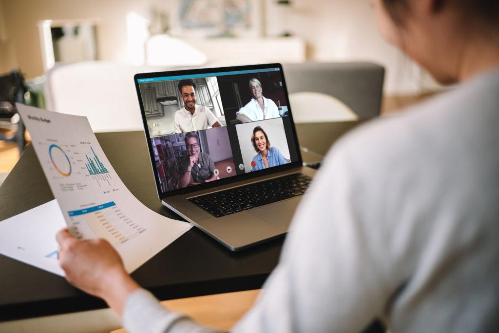 Ein Onlinemeeting im eigenen Unternehmen
